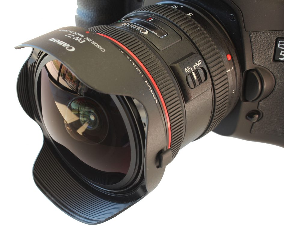 canon-ef-8-15mm-angled-left