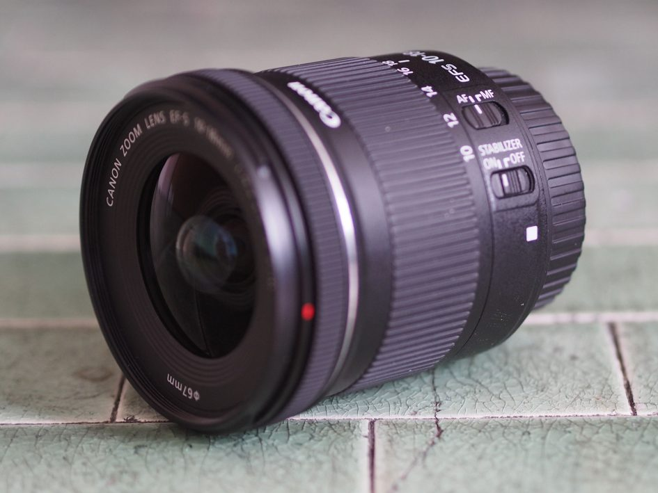 Canon-efs-10-18mm-stm-hero3