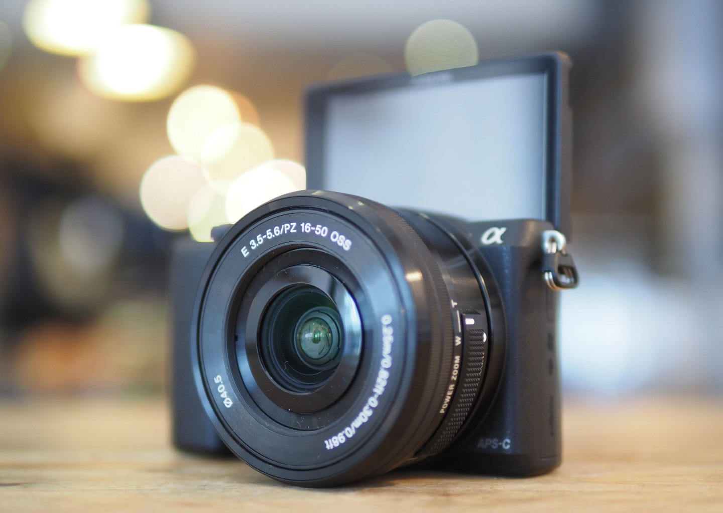 Sony A5100 featured