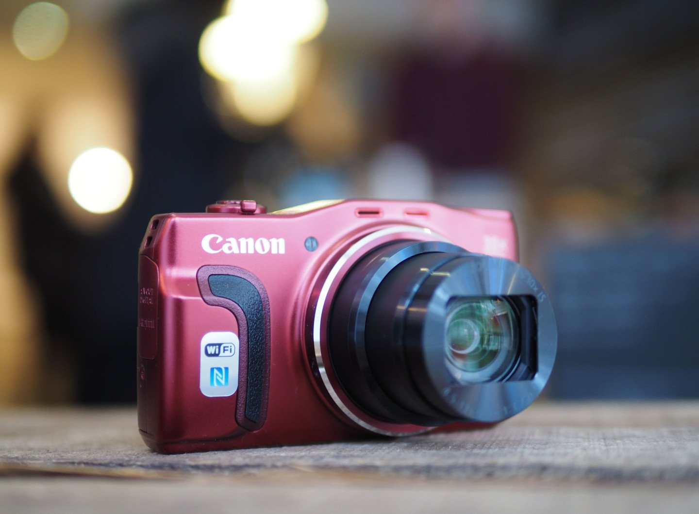 Canon SX710HS featured
