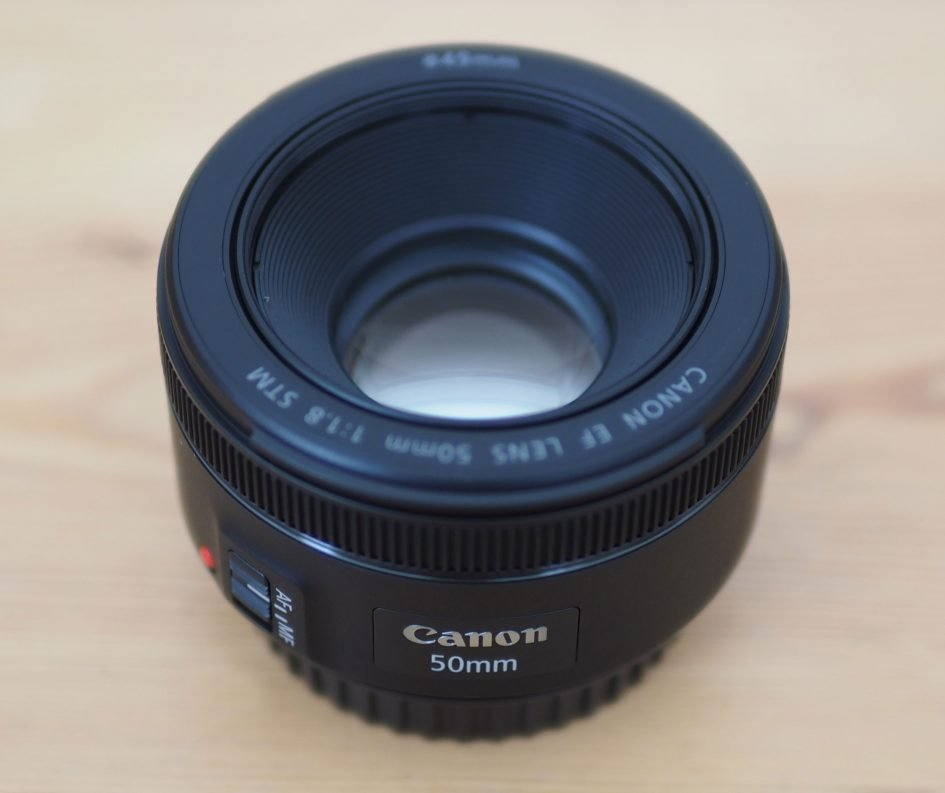 canon-ef-50mm-f1-8-stm-top