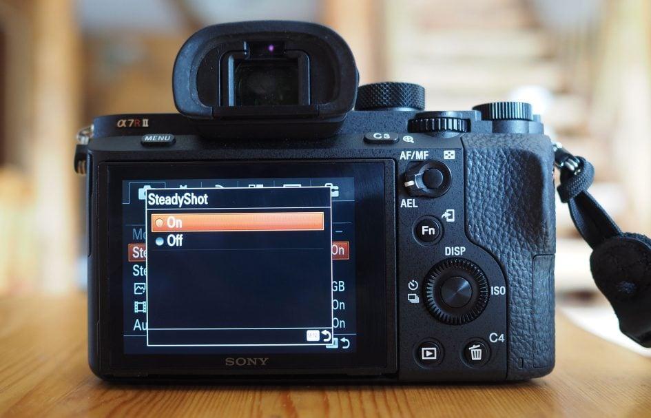 sony-a7r-ii-screen-steadyshot-full