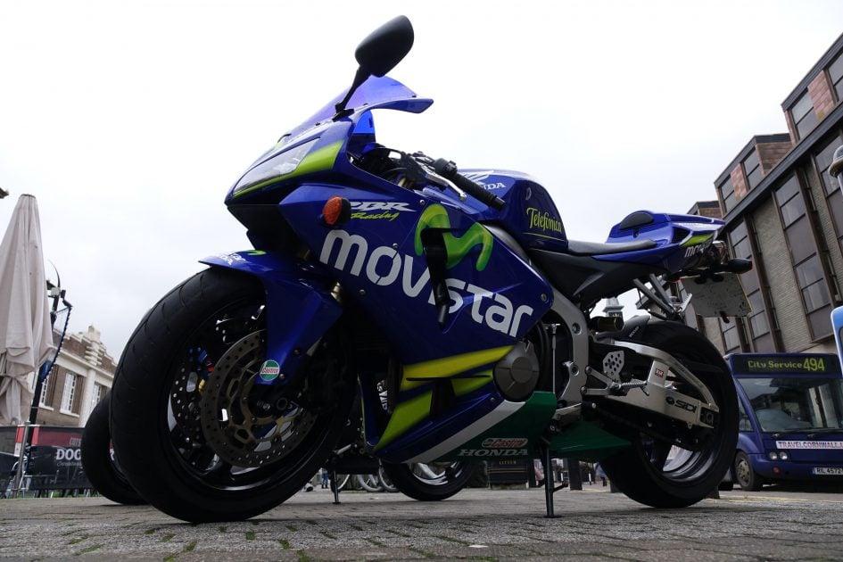 sony_rx10_m2_bike_no_flash_3000px