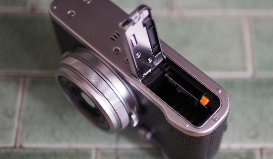 Fujifilm_X100F_battery