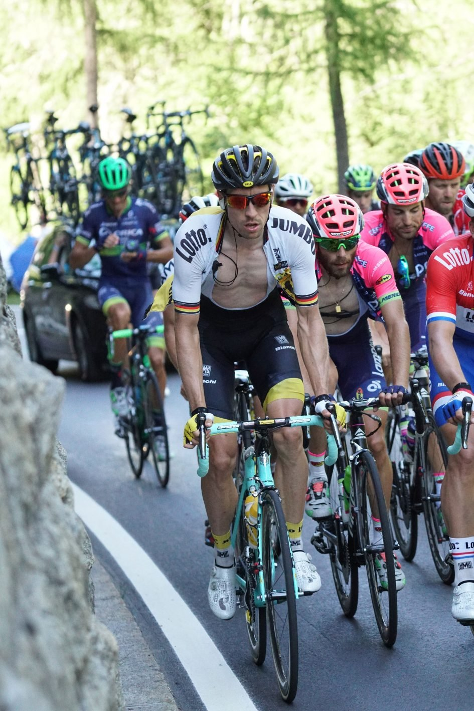 tdf16_stage17_group_3000