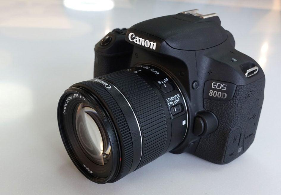 canon_800d_front_2000