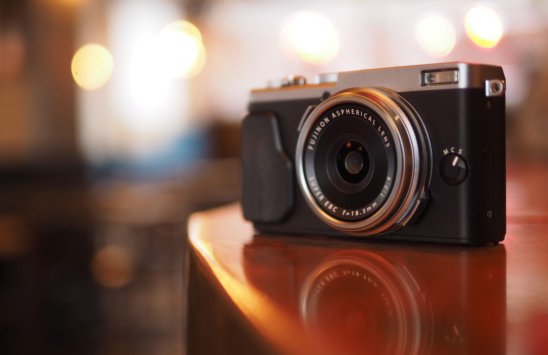 Fujifilm X70 review - | Cameralabs