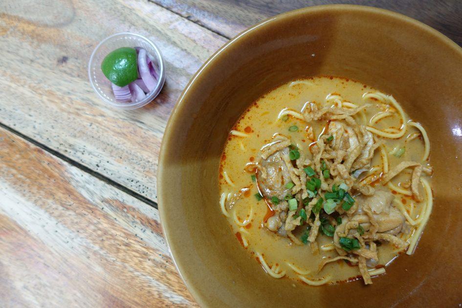 bangkok-khao-soi-noodle
