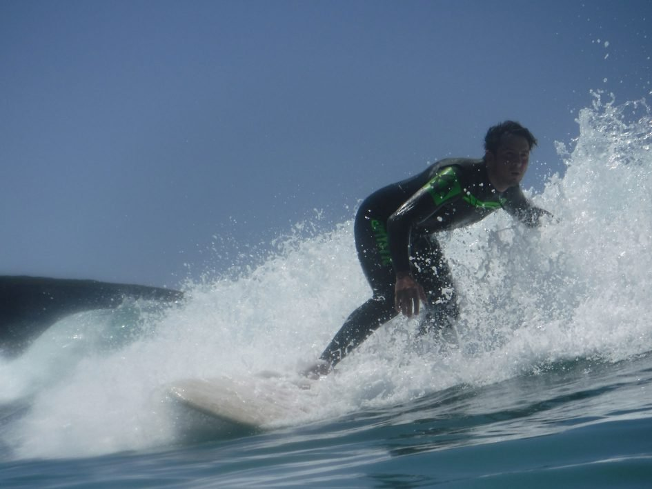 finepix_xp120_surfer_1890px