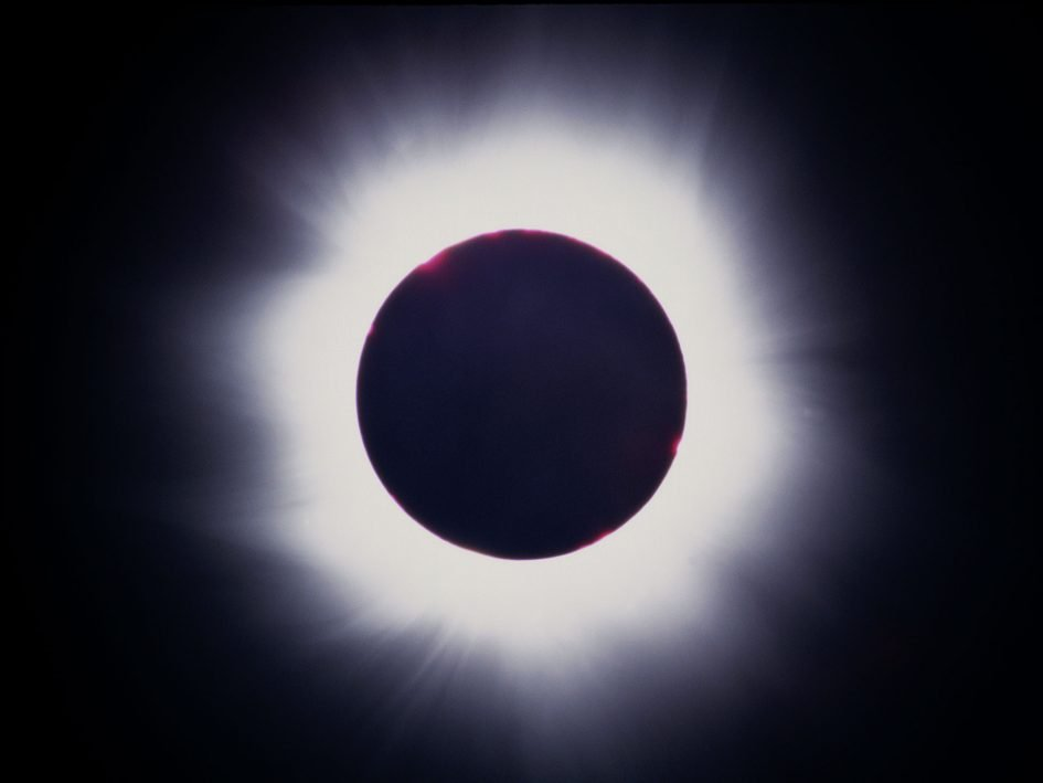 solar-eclipse-1999-featured