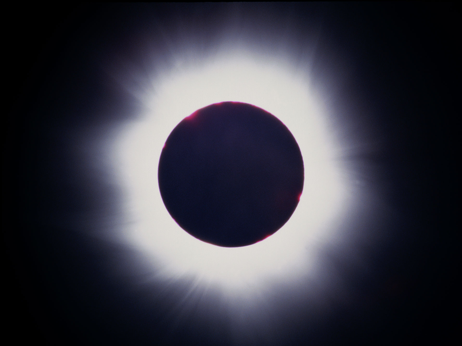 solar-eclipse-1999-featured