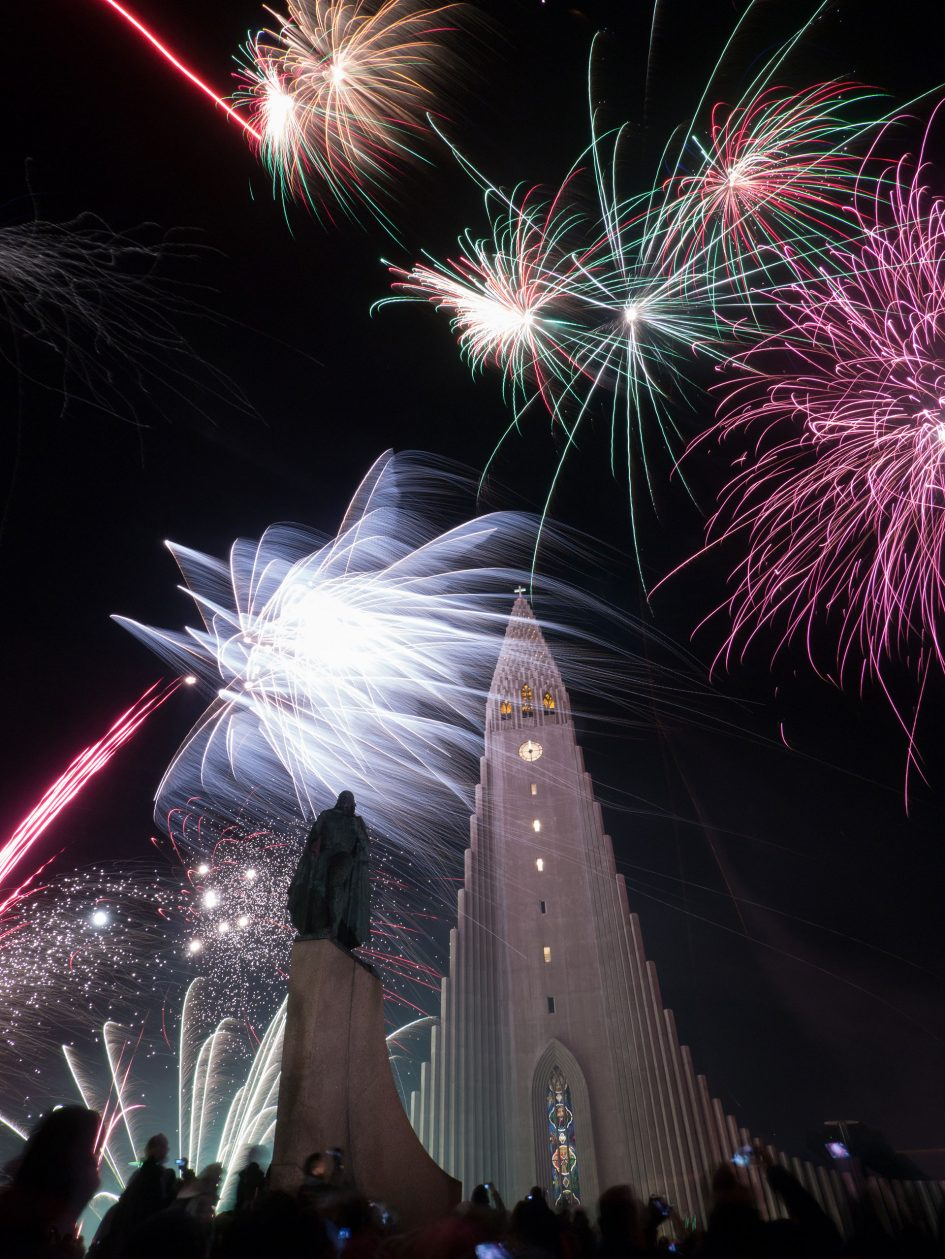 Firework-photography-iceland