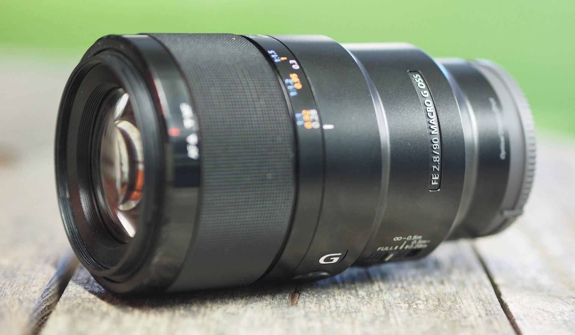 Sony-fe-90mm-f2-8-macro-header