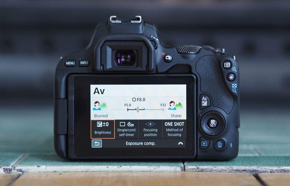canon-eos-200d-guide-aperture