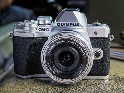 Olympus-omd-em10-iii-hero1