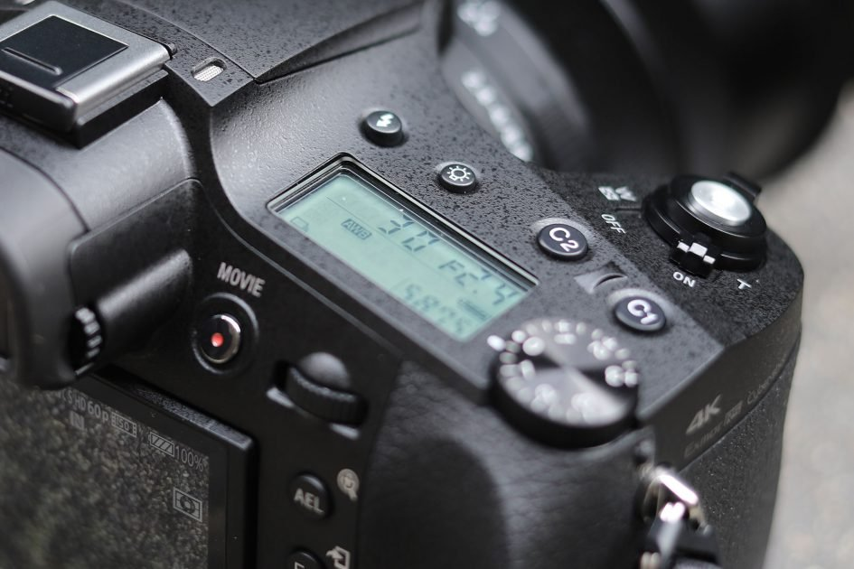 Sony-rx10-mark-iv-controls-1