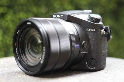 Sony-rx10-mark-iv-hero-1