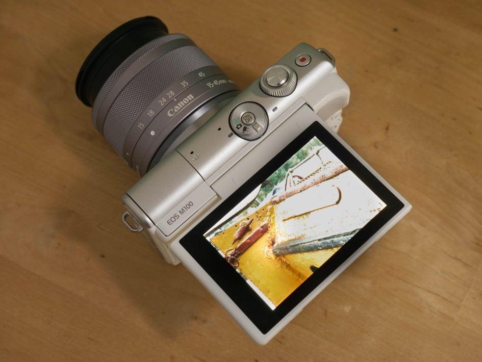 Canon EOS M100 top 1890px