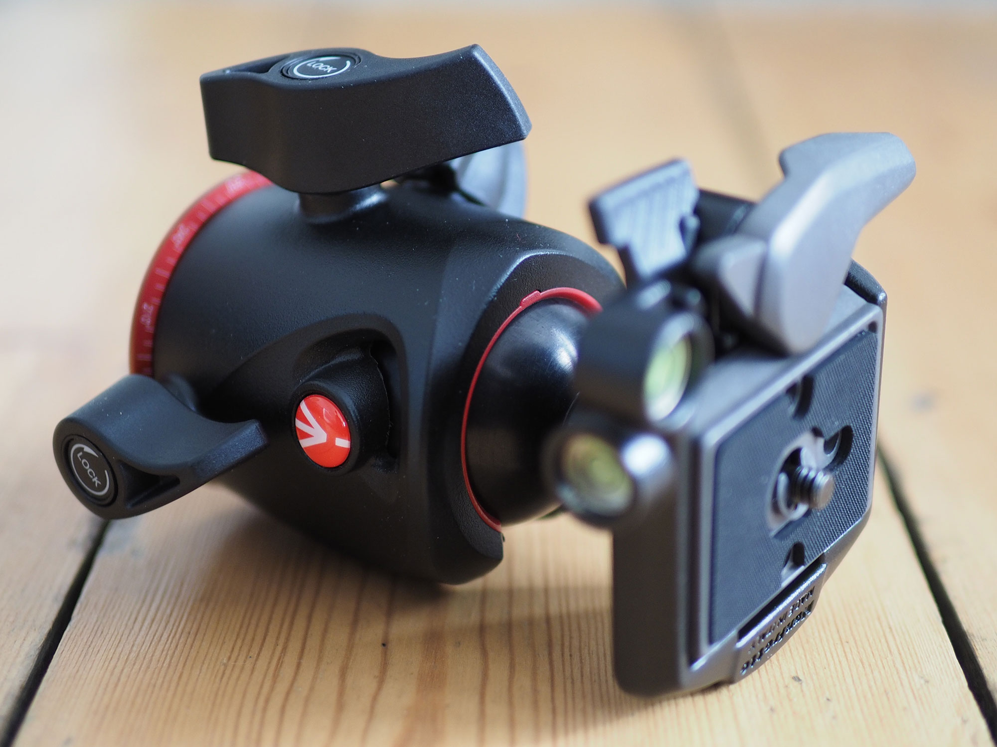 manfrotto-mhxpro-bhq2-hero3