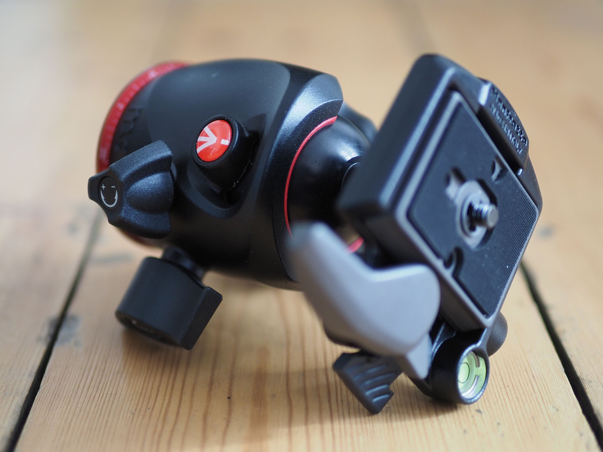 manfrotto-mhxpro-bhq2-hero4