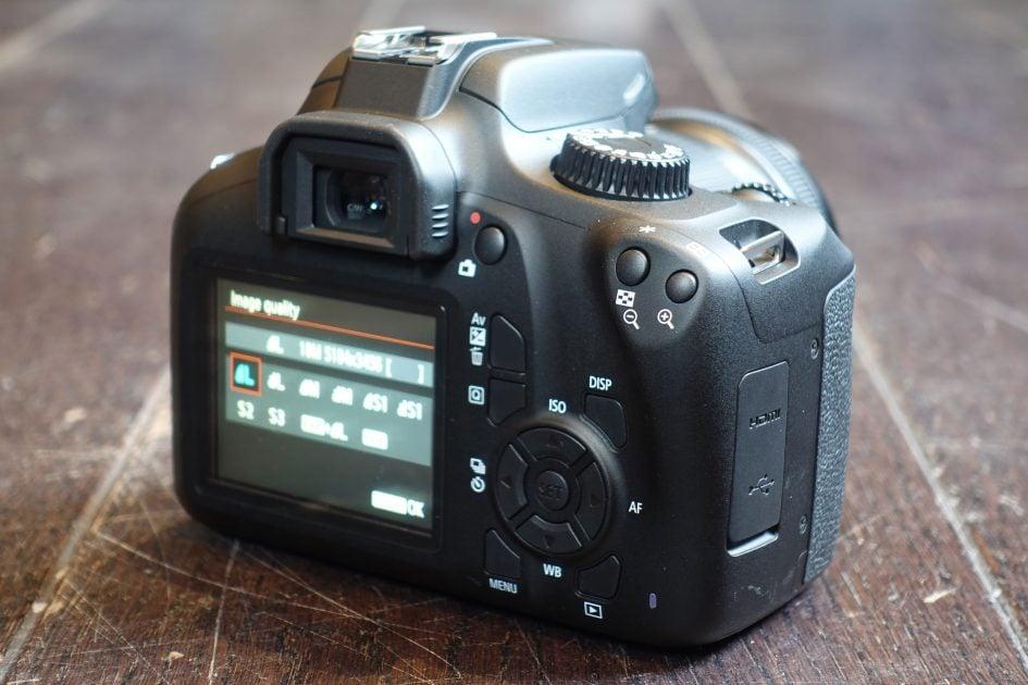 canon-eos-4000d-rear1