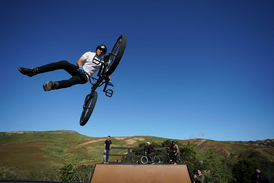 sony-a9-mountain-bike-jump