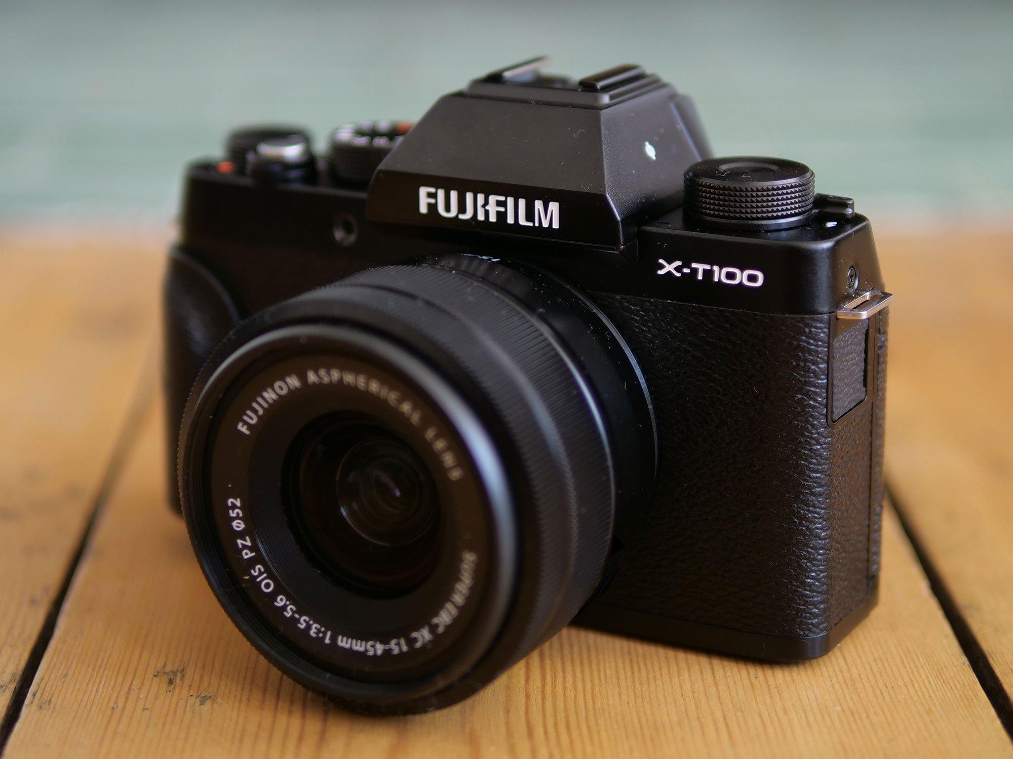 fujifilm-xt100-hero5