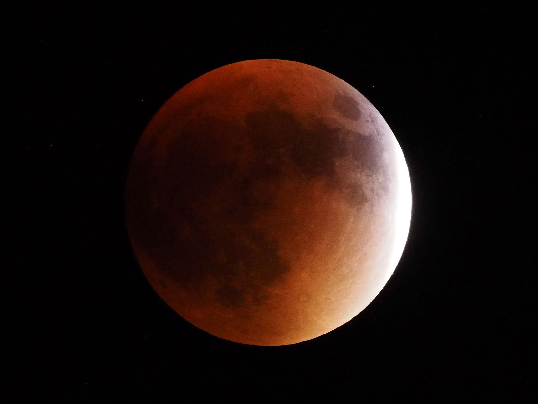 lunar-eclipse-featured