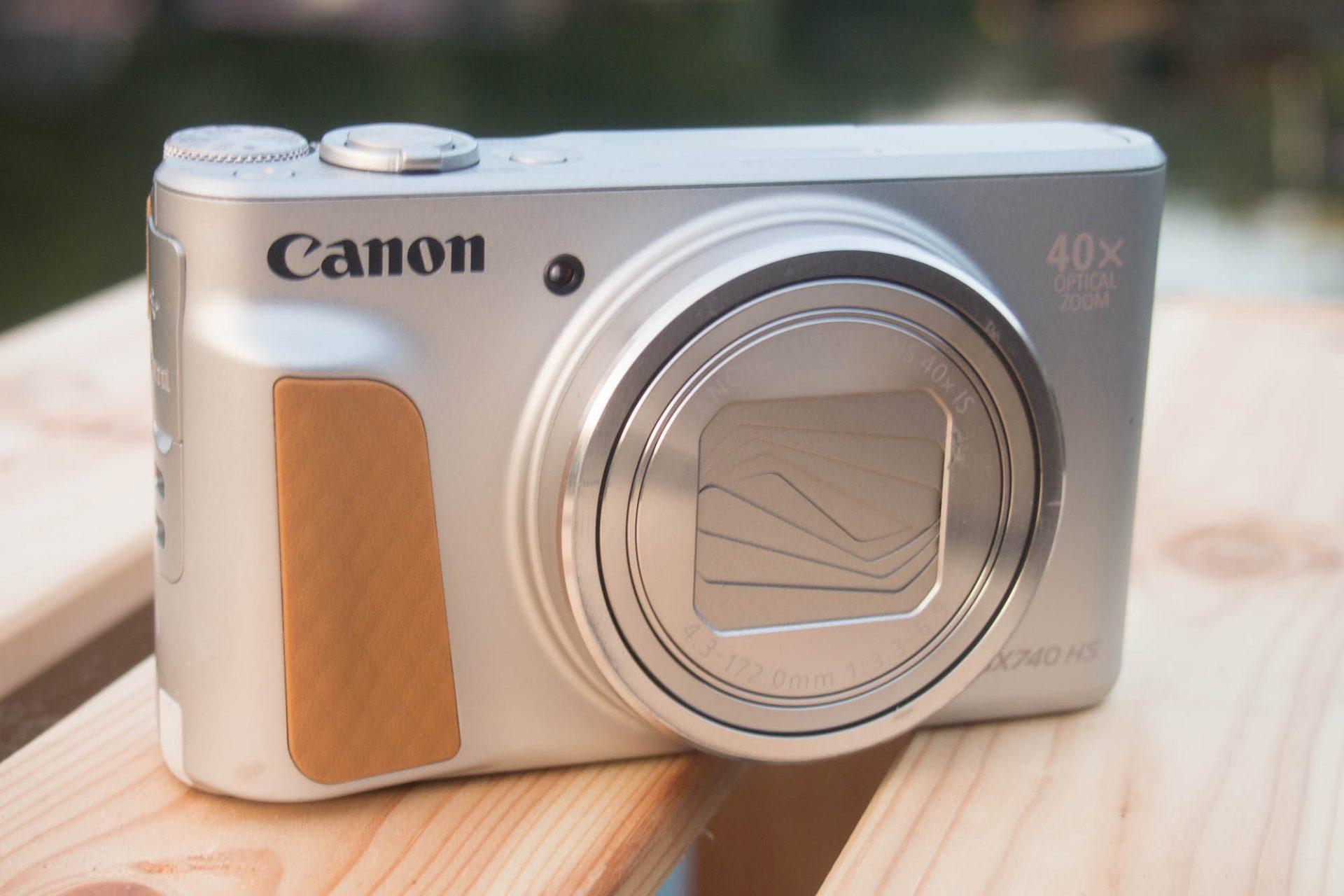 Canon_sx740hs_header