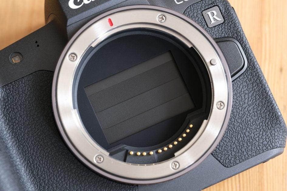 canon-eos-r-lens-mount