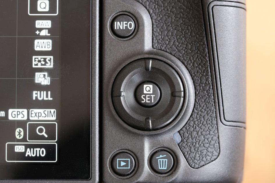 canon-eos-r-rear-controls