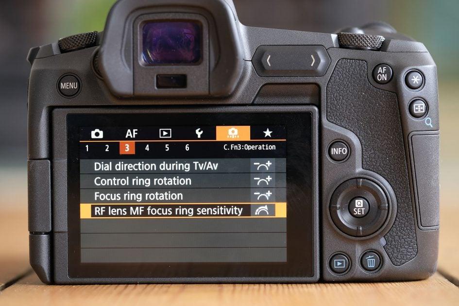 canon-eos-r-screen-rf-manual-focus