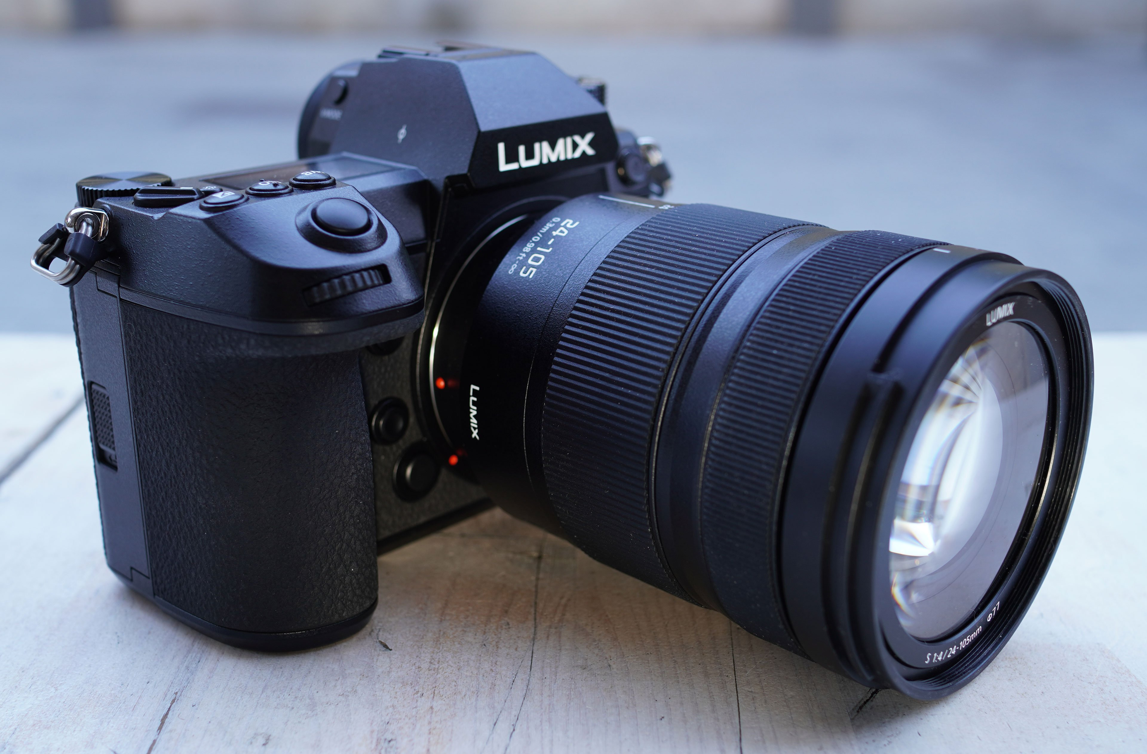 Panasonic Lumix S1R review - | Cameralabs