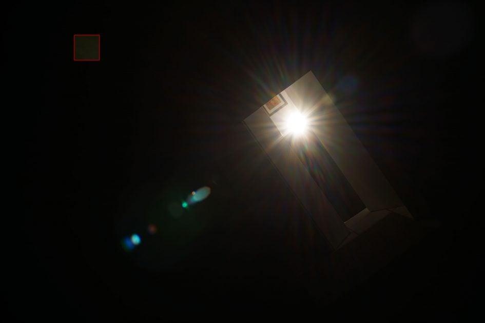 flare_Zeiss40f2Batis_f11_03250