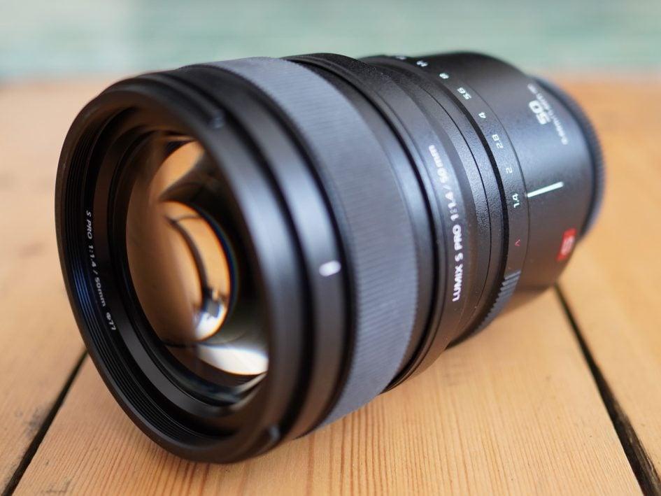 pana-lumix-s-50mm-f1-4-hero1