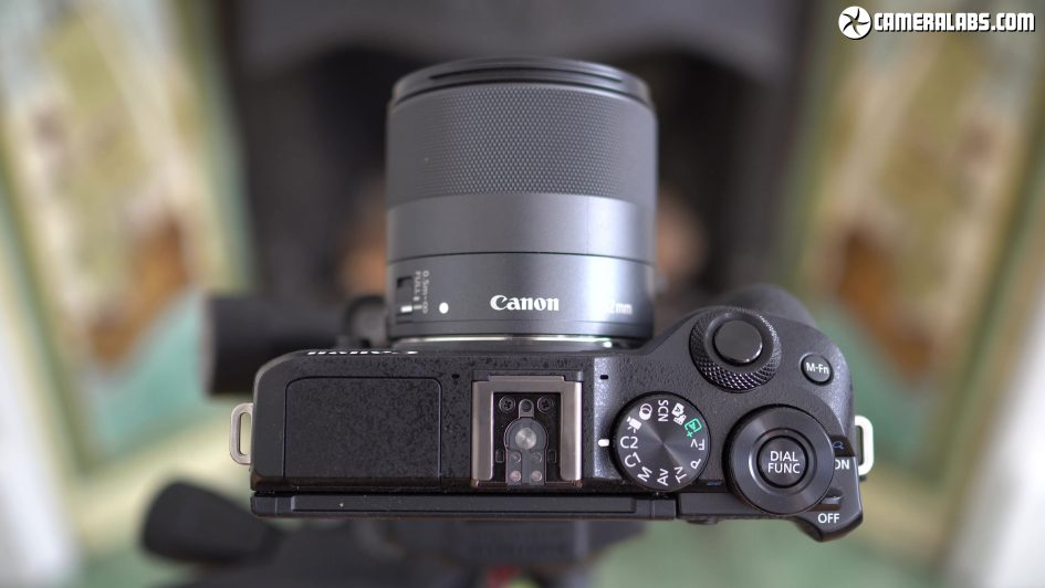canon-eos-m6-ii-review-screen-2