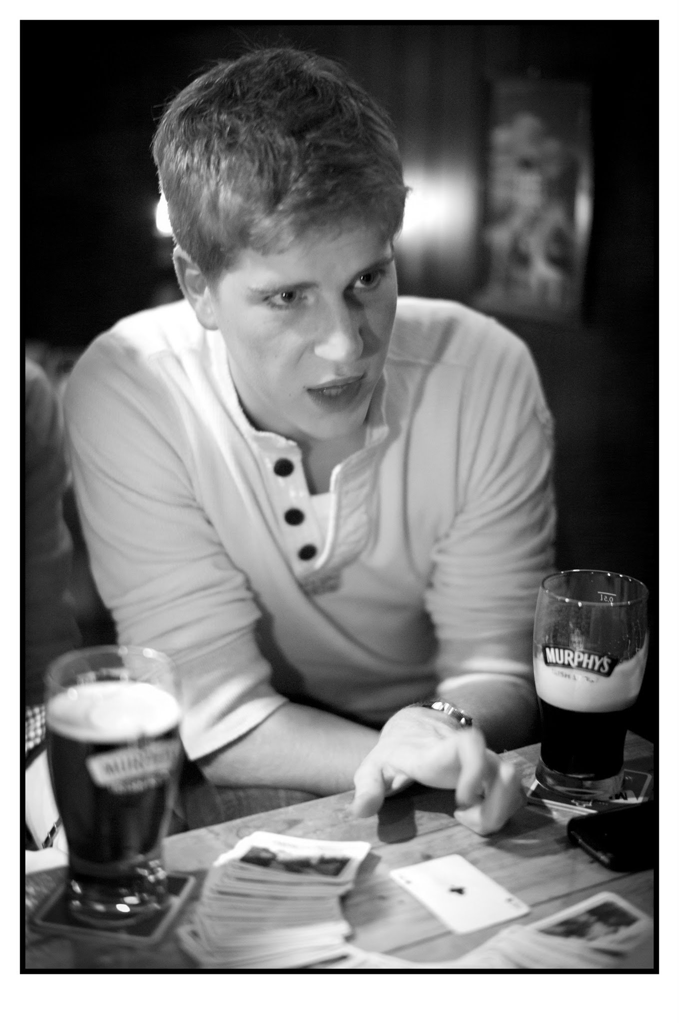Explaining the game | Paddy Murphy's, Rotterdam, 2012